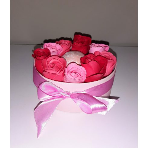 Kényeztető ajándékcsomag díszdobozban- rózsaszín
